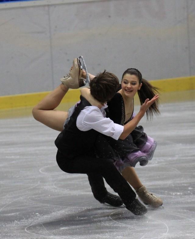 Natalia Kaliszek i Jarosław Kurbakowa zatańczą na lodzie.
