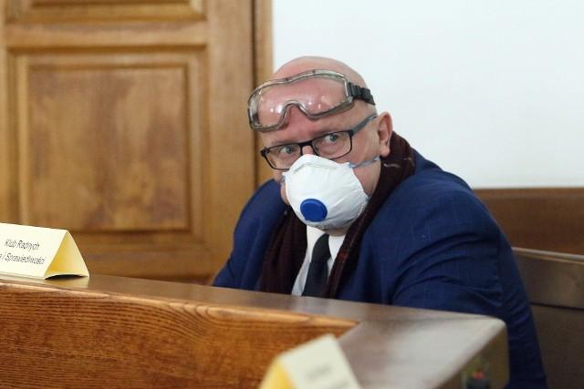 Radny Zbigniew Ławniczak na marcowej sesji