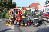 Leszno: Wypadek na ul. Gronowskiej - motocyklista zderzył się z golfem [ZDJĘCIA, WIDEO]