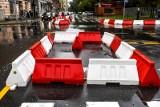 Usuńcie te koszmarne szykany z ulic w centrum Poznania!