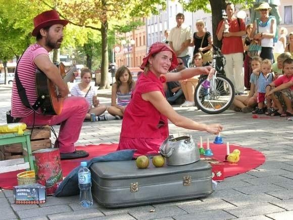 Zdjęcie z Międzynarodowego Festiwalu Sztuki Ulicznej w Brzegu.