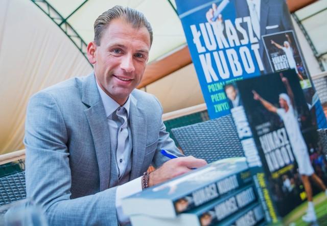 Łukasz Kubot podczas promocji swojej książki