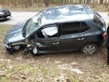 Wypadek koło Chojnic. 14.04.2021 r. Na DW 235 zderzyły się dwa samochody osobowe. Jedna osoba ranna!