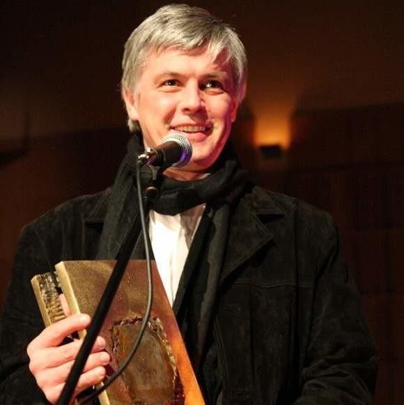 Ta nagroda to dowód, że sztuka teatralna jest ludziom potrzebna - uważa Tomaszuk