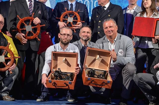 Szymon Kuczyński i Mariusz Koper otrzymali dwie równorzędne najwyższe nagrody Srebrnego Sekstantu za Rejs Roku 2018.