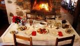 Wigilia do 5 osób przy stole lub w gronie domowników. Rząd zapowiedział restrykcje na Boże Narodzenie. Pandemia koronawirusa zmieni święta