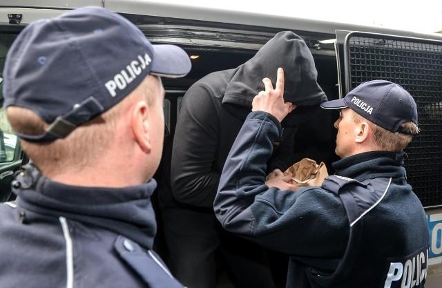 """Prokuratura prowadzi dochodzenie dotyczące rzekomego """"znęcania się nad osobą najbliższą"""" przez Dariusza Michalczewskiego."""