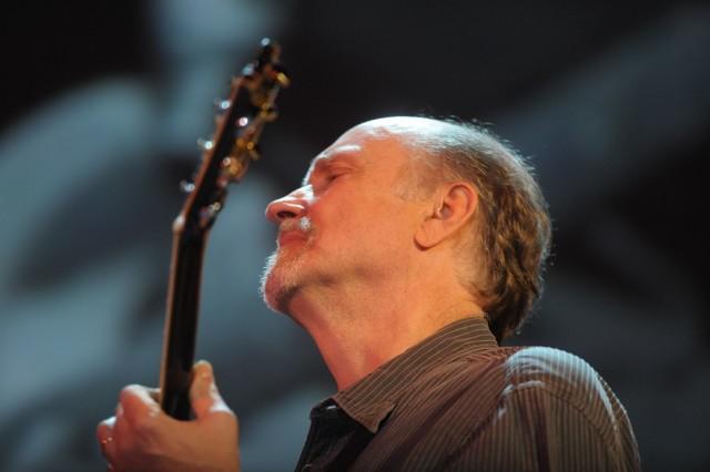 """Podczas Era Jazzu Aquanet Jazz Festival John Scofield zagra muzykę z jego albumu """"Country For Old Men"""""""