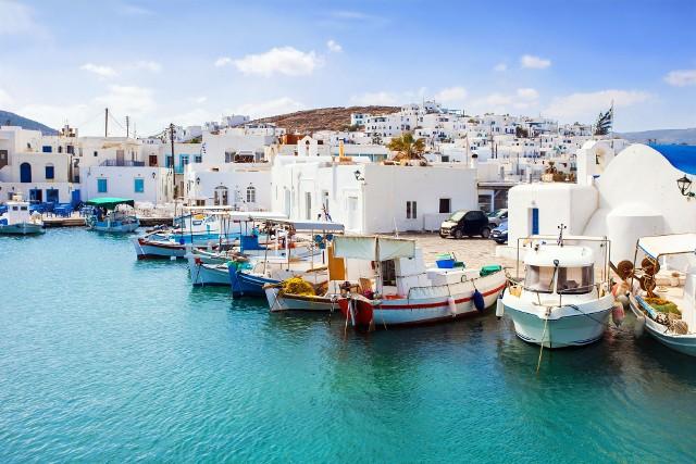 Trzy najbardziej popularne kierunki: Grecja, Bułgaria i Hiszpania skumulowały 2/3 ruchu turystycznego, organizowanego przez biura podróży.