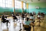 Egzamin ósmoklasisty 2021. Kiedy będą wyniki? Gdzie będzie można sprawdzić wyniki tegorocznych egzaminów? Instrukcja
