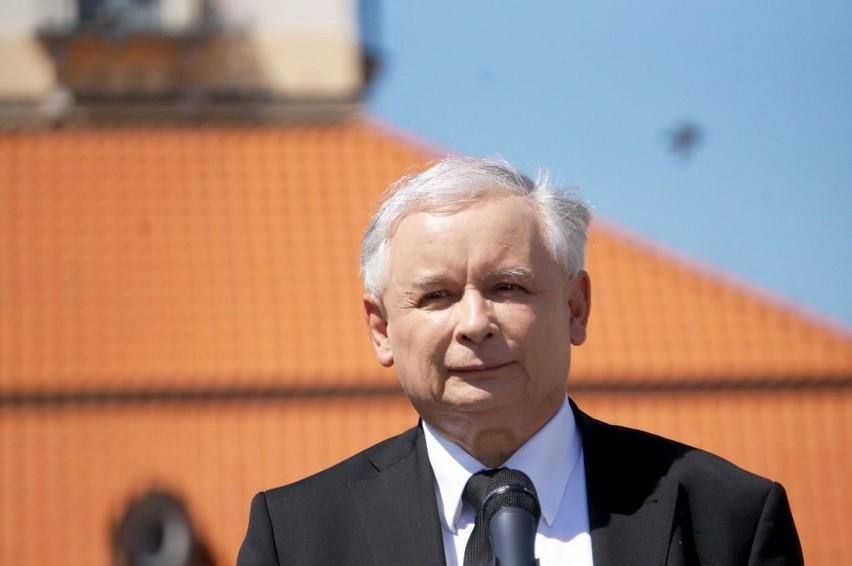 Jarosław Kaczyński, w ważnych momentach kampanii...