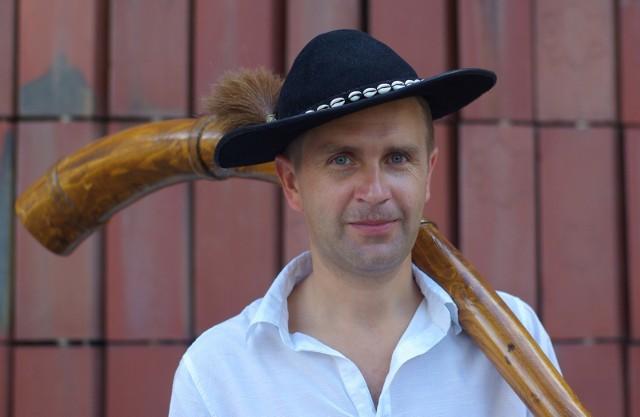 Krzysztof Trebunia-Tutka jest autorem pierwszego w Polsce podręcznika do nauki muzyki góralskiej, wydanego właśnie przez Polskie Wydawnictwo Muzyczne