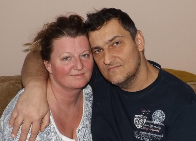 Rafał z Anetą wierzą, że dzięki pomocy innych uda im się wrócić do normalnego życia