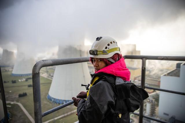 Organizacja Greenpeace Polska pozwała spółkę PGE GiEK prowadzącą m.in. kopalnię Bełchatów. Zdaniem ekologów spółka rozwijając tradycyjną energetykę niszczy klimat i środowisko m. in. regionu łódzkiego. PGE GiEK przygotowuje odpowiedź na pozew.CZYTAJ DALEJ NA NASTĘPNYM SLAJDZIE