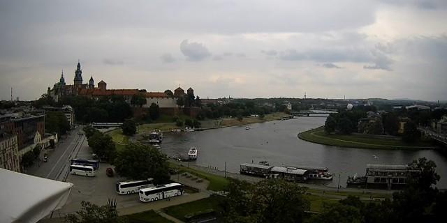 Instytut Meteorologii i Gospodarki Wodnej wydał w sobotę (12 czerwca) ostrzeżenie pierwszego stopnia o możliwym wystąpieniu burz. Ostrzeżenie to dotyczy całej Małopolski.