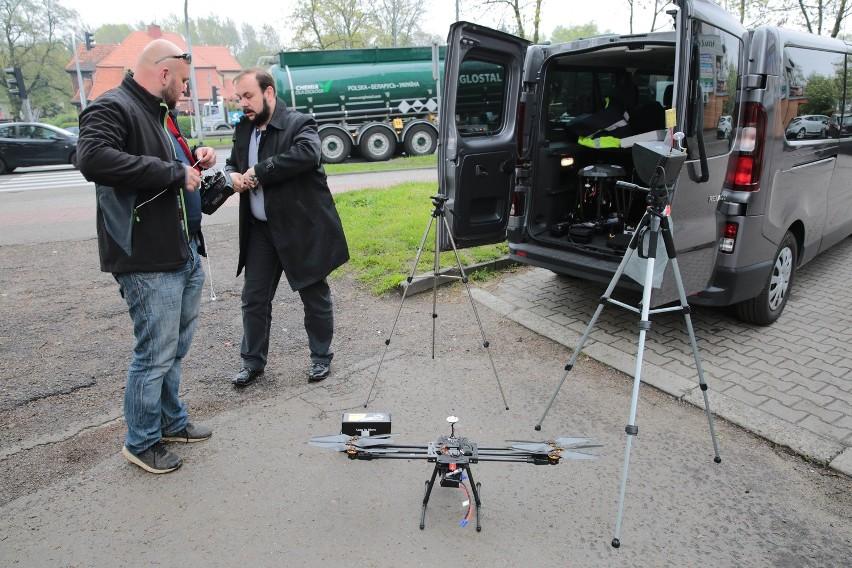 Policjanci ze śląskiej drogówki będą korzystać z drona [FAKTY I MITY]
