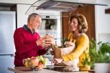 Dziesięć zasad zdrowej diety dla babci i dziadka
