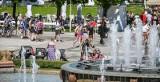 Słoneczny długi weekend w Sopocie! Tłumy na plaży i deptakach [ZDJĘCIA]