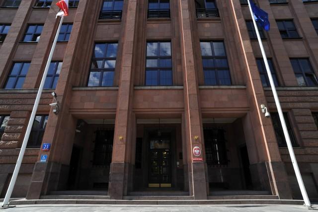 Resort przypomina, że pracownicy MSZ nie kontaktują się w takim trybie z obywatelami Polski, ani z cudzoziemcami przebywającymi w Polsce.