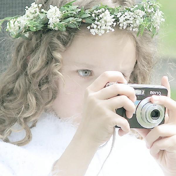 Zdjęcia na konkurs wykonać można np. aparatem, który dostało się w pierwszokomunijnym prezencie