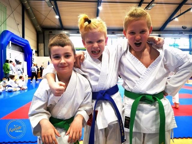 Karatecy z Akademii BUDO Zielona Góra zdobyli 20 medali w turnieju Wratislavia CUP 2021.