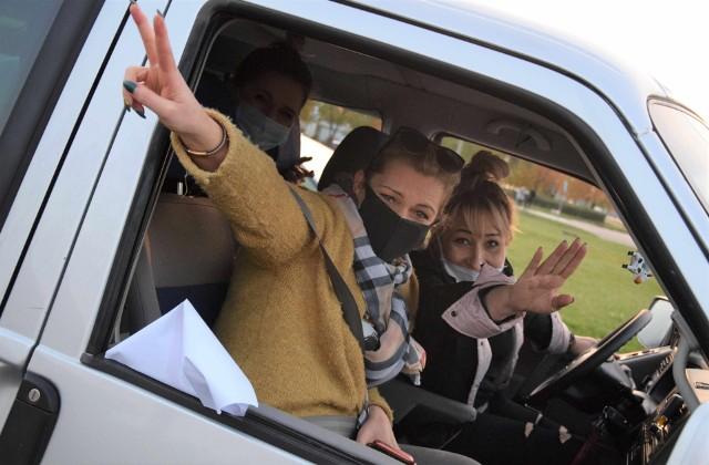 Na znak protestu przeciw wyrokowi Trybunału Konstytucyjnego mieszkańcy, a przede wszystkim mieszkanki Inowrocławia, wsiedli w samochody i zablokowali ulice w centrum miasta
