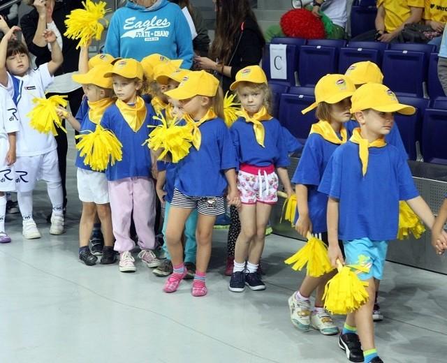 Przedszkolaki w Arenie SzczecinW sobotę w Arenie Szczecin odbyła się Halowa Olimpiada Przedszkolaków. Do udziału w imprezie zgłosiło się 750 dzieci z 35 szczecińskich przedszkoli publicznych.