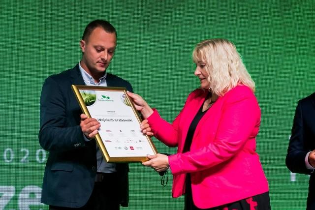 Forum Rolnicze 2020. Lucyna Talaśka-Klich, szefowa działu Gospodarka Gazety Pomorskiej i Wojciech Grabowski, jeden z laureatów