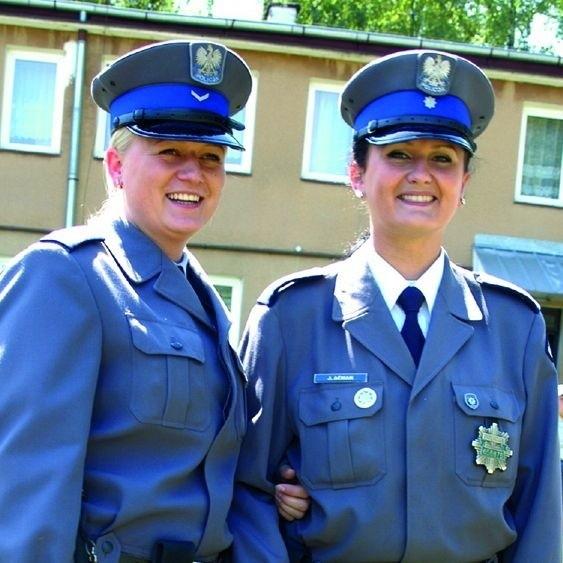 Marzena Kulesza (po lewej) pracuje w policji 4 lata. Justyna Aćman ma 7-letni staż w mundurze.
