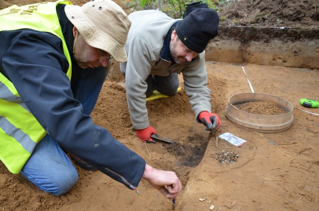 Cmentarzysko odkryto przypadkowo w lesie na terenie powiatu gorzowskiego.