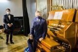Imponujące organy piszczałkowe w Tarnobrzeskim Domu Kultury obejrzał wicepremier Gliński (ZDJĘCIA)