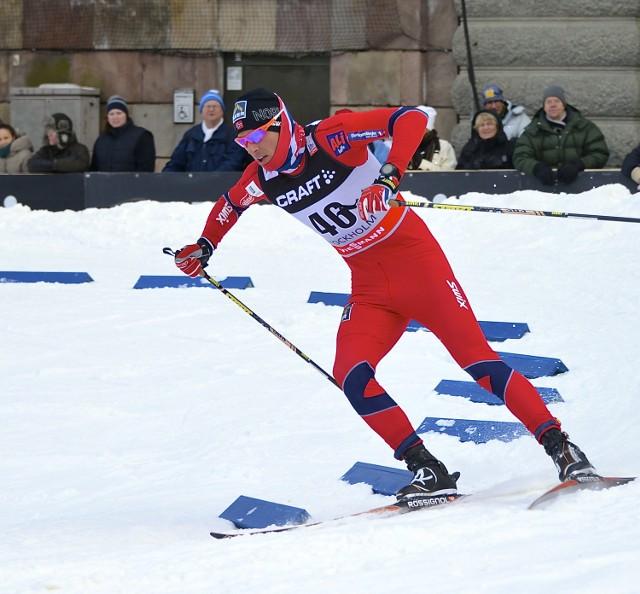 Chris Andre Jaspersen panicznie boi się choroby. Biegacz narciarski nie całuje się z dziewczyną, unika znajomych, a nawet dokonał zabiegu usunięcia migdałków