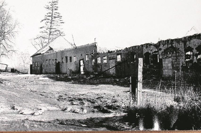 """Operacja """"Trzoda"""" z 1987 r. Spłonęło 340 sztuk trzody chlewnej [ZDJĘCIA]Spaleniu uległa cała chlewnia wraz ze znajdującym sie w niej sprzętem"""