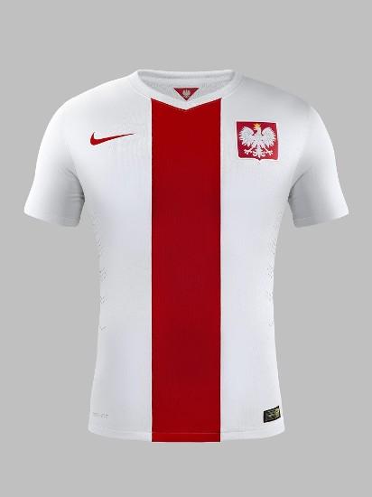 e4d337b2a Nowe koszulki reprezentacji Polski - nowoczesne stroje kadrowiczów ...