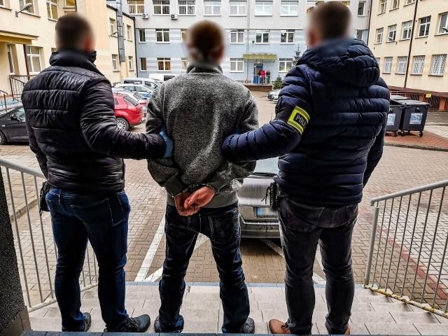 Policja zatrzymała podejrzanego o napad w sklepie w drugi dzień świąt Bożego Narodzenia
