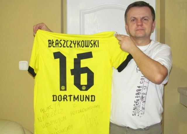 - Ta koszulka Błaszczykowskiego z szesnastką już w niedzielę znajdzie nowego właściciela - mówi Artur Wilpert.