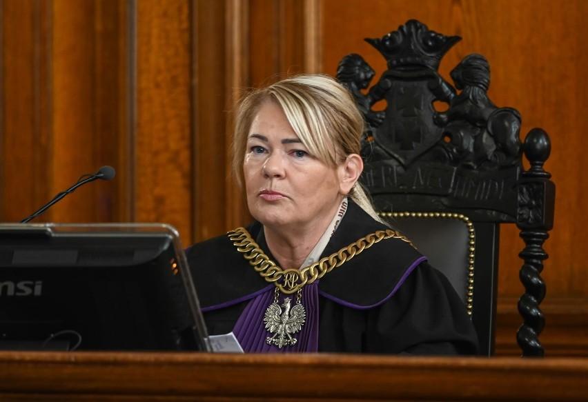 Sędzia Lidia Jedynak zdecydowała, że odczyta wszystkie...
