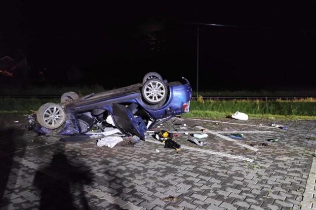 """Pijany """"Król ulicy"""" sprawcą wypadku w Woli Zobacz kolejne zdjęcia. Przesuwaj zdjęcia w prawo - naciśnij strzałkę lub przycisk NASTĘPNE"""