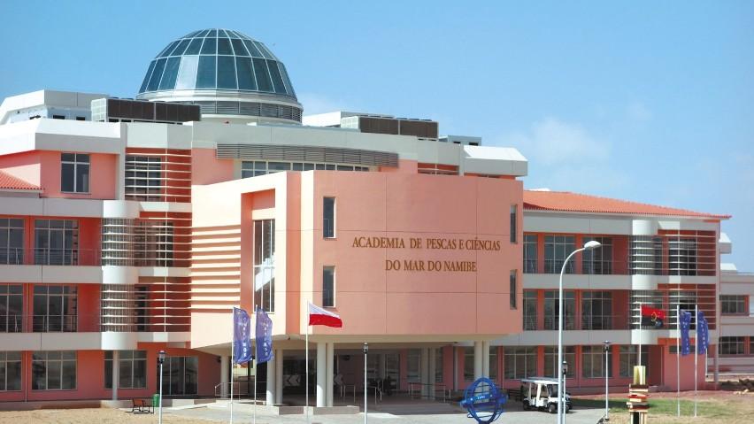 Główne budynki Akademii Rybołówstwa i Nauki o Morzu w Namibe