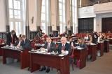 Łódzcy radni apelują do premiera o rekompensaty dla samorządów za podwyżki cen energii elektrycznej