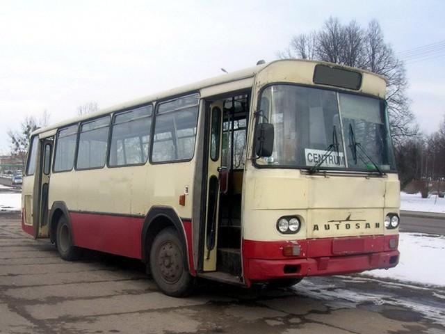Jeden ze skontrolowanych autobusów był w fatalnym stanie technicznym