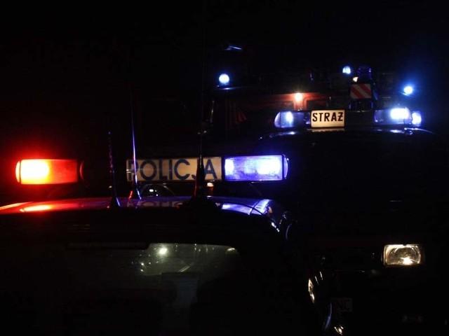 Miejsce zabezpieczyła policja do przyjazdu straży.