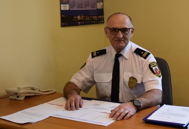 Wiesław Dziadkowiec został w drodze awansu wewnętrznego zastępcą komendanta Straży Miejskiej w Grudziądzu. Z tą jednostką jest związany od ponad 4 lat. To emerytowany zastępca komendanta policji w Grudziądzu