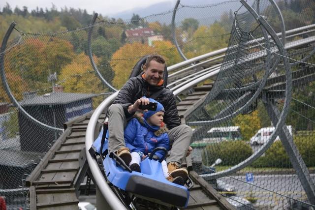 Daniel Świerczyński, razem z synem Natanem. Zdjęcie sprzed wypadku.