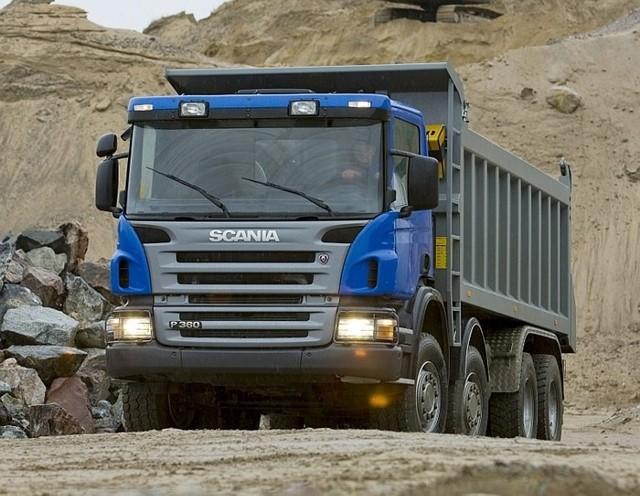 Wywrotka Scania P360 8x4 o ładowności 20 ton