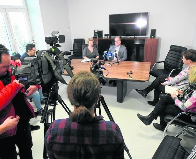 USK Białystok: Ponad 60 położnych na L4. Dyrektor szpitala klinicznego: Mogę zamknąć oddział [WIDEO]