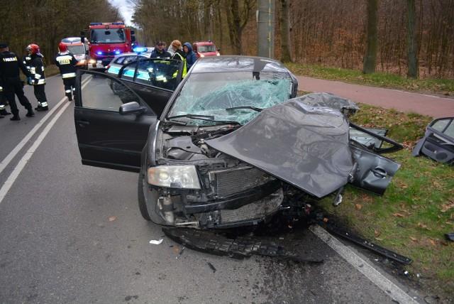 W wypadku uczestniczyły 3 samochody.