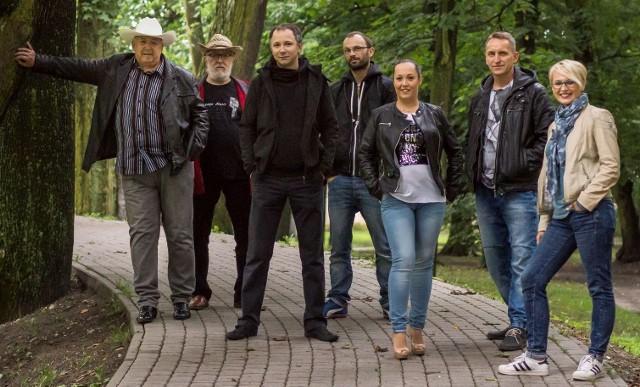 Zespół U Ojca powraca z nową, szóstą już płytą.