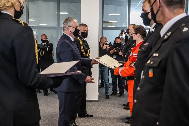 Wręczenie promes na dofinansowanie zakupu wozów strażackich dla pomorskich OSP
