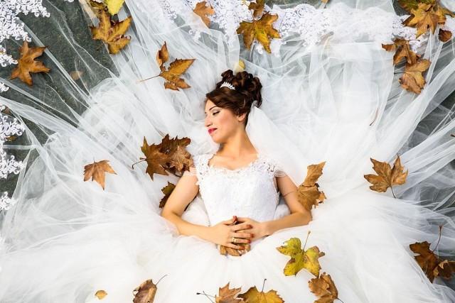 Zastanawiasz się, który fotograf ślubny w Kielcach jest najlepszy? Oto najlepsi fotografowie ślubni  w Kielcach polecani przez użytkowników Google. Zobacz w galerii zdjęć.
